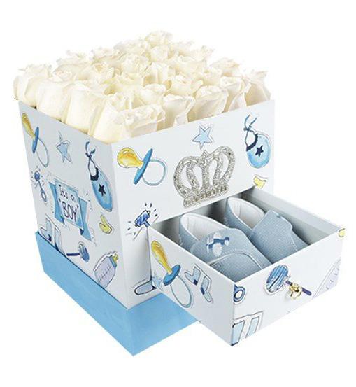 Kutuda Mavi Patikli Beyaz Gül